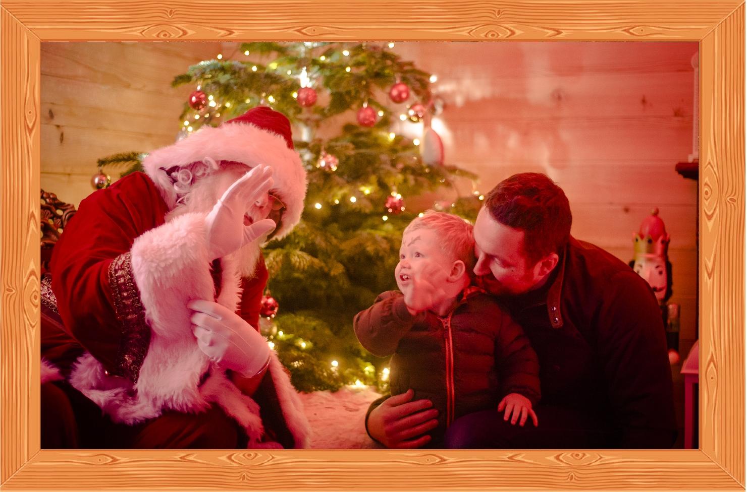 Small_Frame_Christmas_Santa